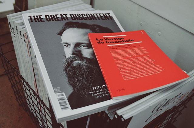 magazines-923474_640