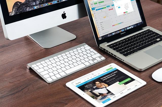 macbook-606763_640