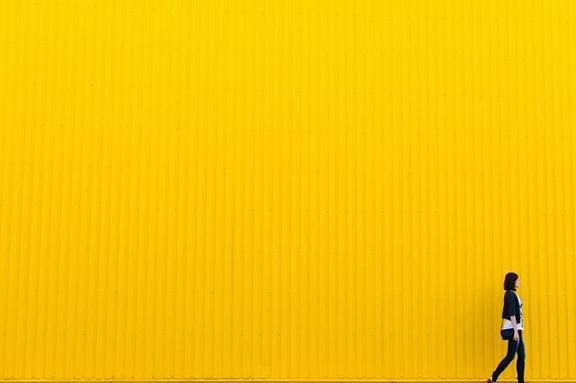 yellow-926728_640