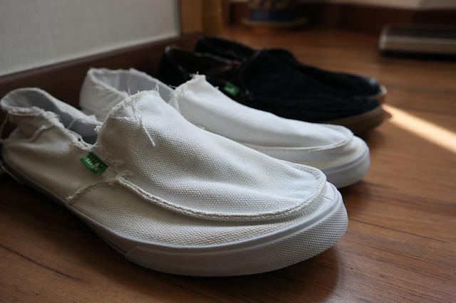 shoes-617574_640